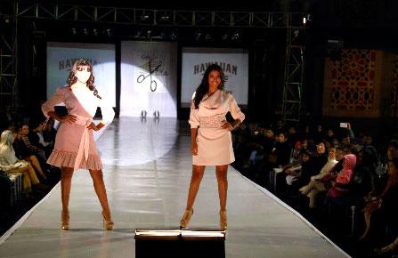 Desfile de Moda de Cabellos por la Vida